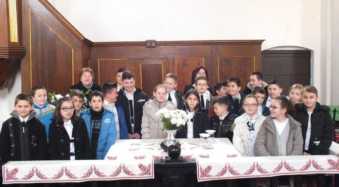 Március 25. Családi istentisztelet (5. osztály)